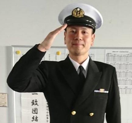 海上 自衛隊 制服